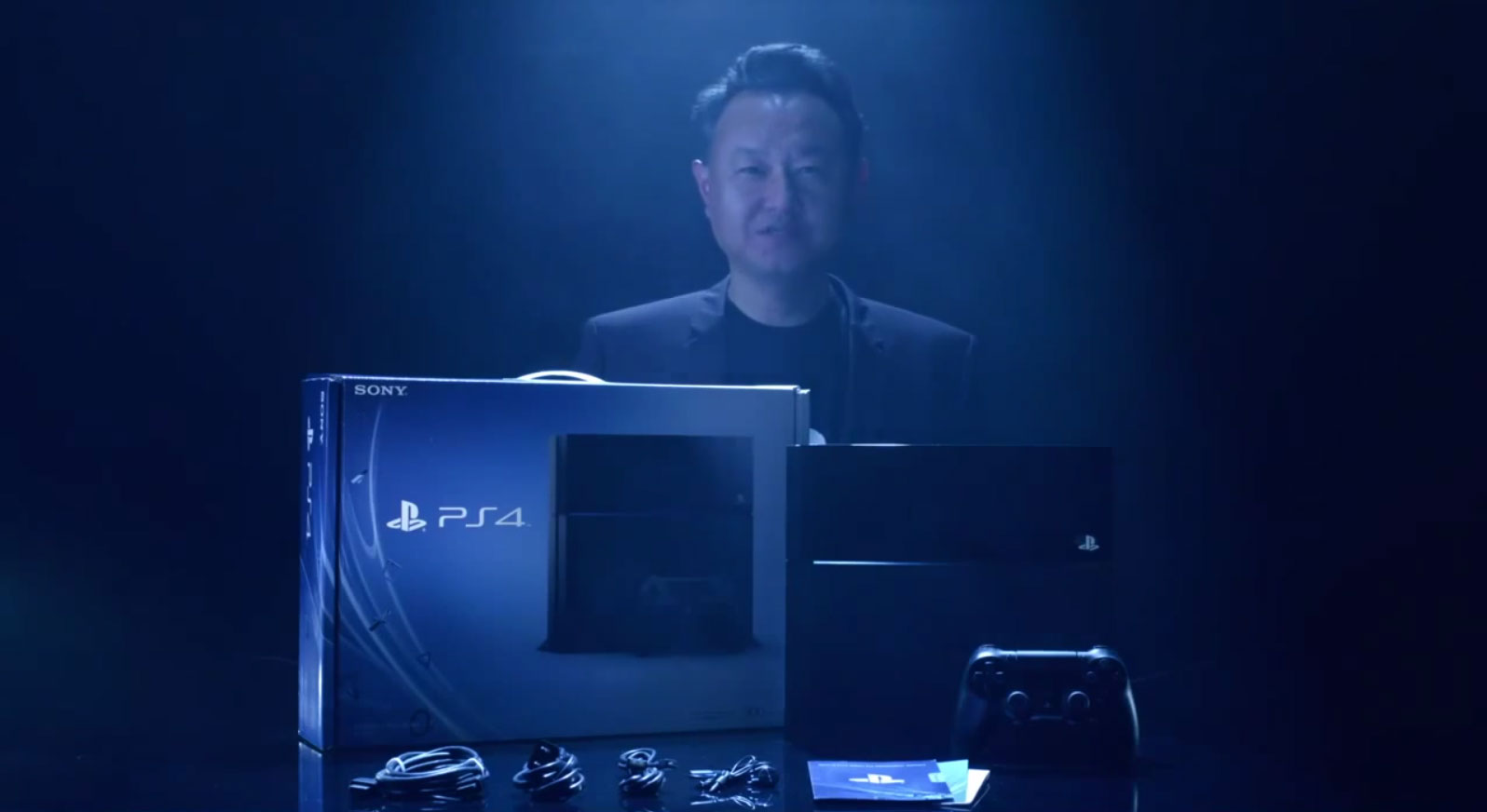 file_7460_Shuhei-Yoshida-unboxing-PlayStation-4