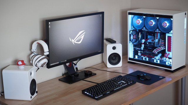 Gaming Pc Of The Month Wallywest S White Zenith Gaming