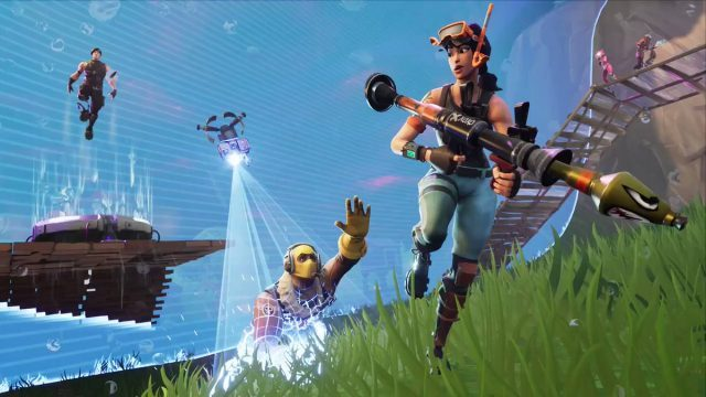 Fortnite Battle Royale Getting Stink Bomb Gas Grenade