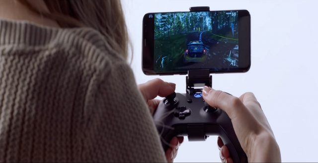 phil spencer looking for companies that can create games for more than one device